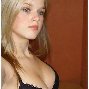 Chat cam et plan cul avec nana blonde